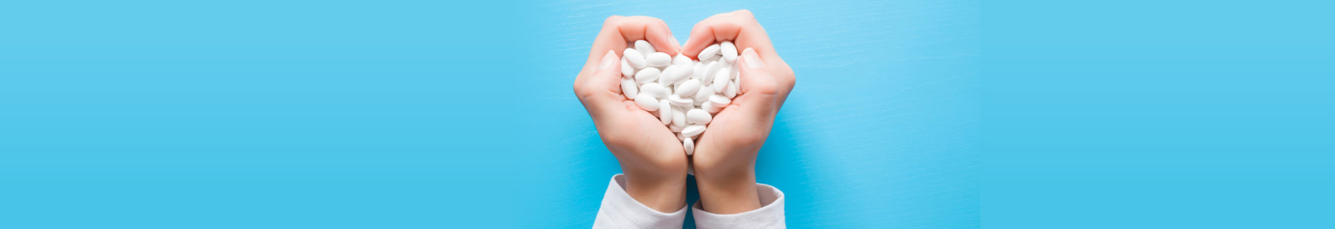 hand full of medicine